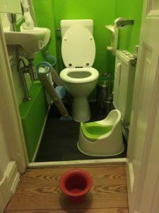 Toilette mit Töpfchen