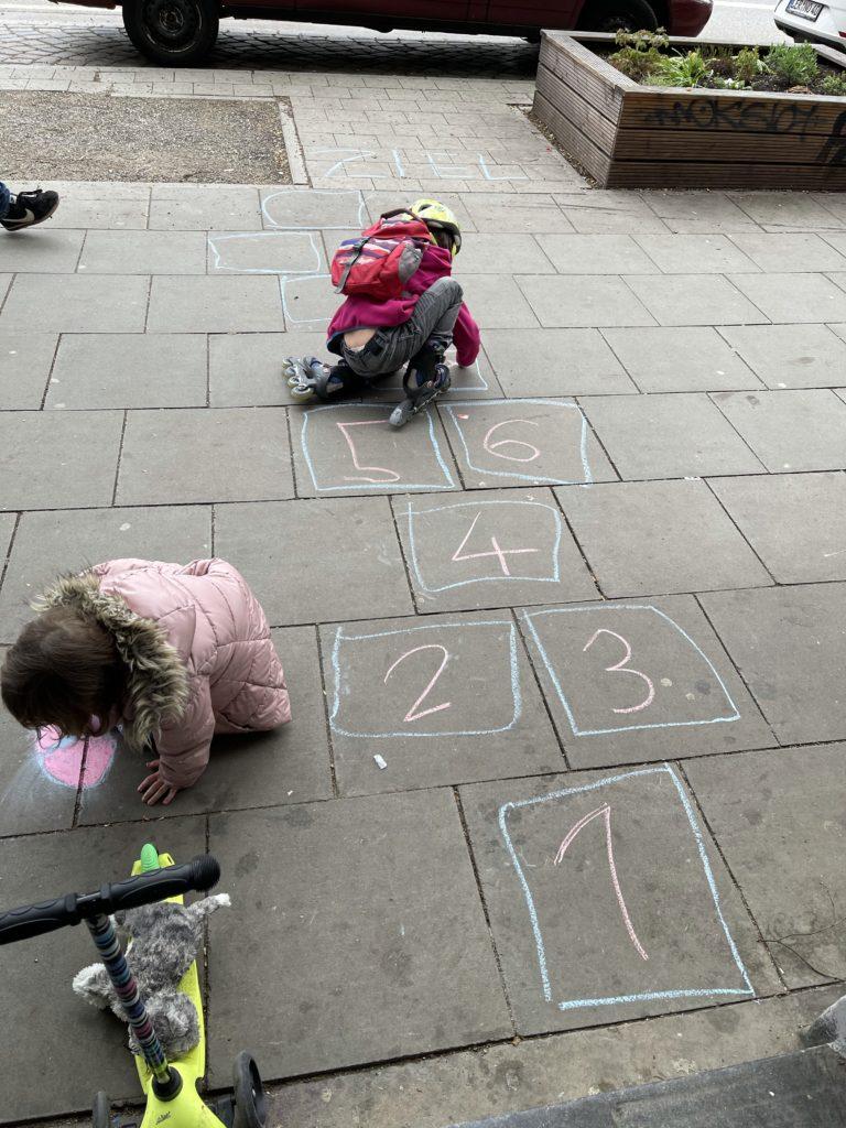 Straßenkreidemalerei