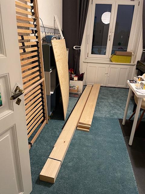 Baumaterial für Bett