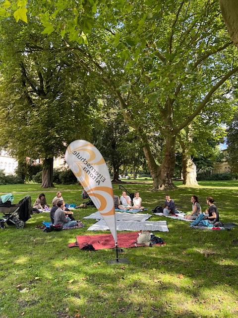 Treffen im Park